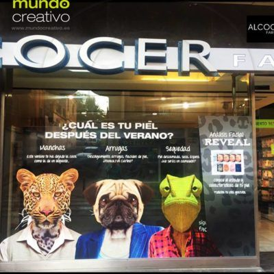 Escaparate farmacia - campaña pieles